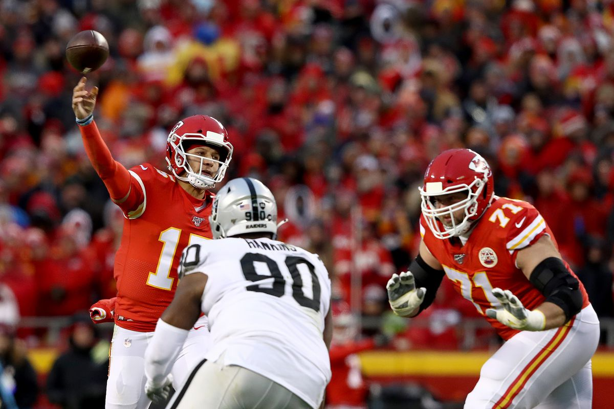 Patrick Mahomes of the Kansas City Chiefs throws a pass against the Oakland Raiders during the second quarter in the game at Arrowhead Stadium on December 01, 2019 in Kansas City, Missouri.