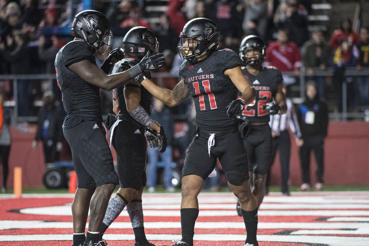 Rutgers Blackout Uniforms   Helmets For Illinois Game Are Best Yet ... 7518e3fac