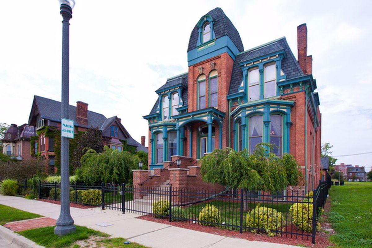 291 Edmund Place