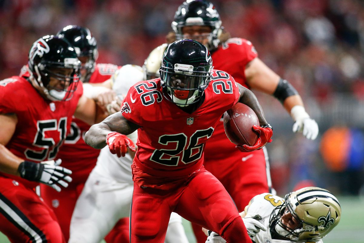 Falcons Saints post game injury report Tevin Coleman suffers head