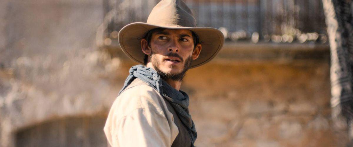 Joshua Dickinson as Alonzo Murrieta in Gunfight at Dry River