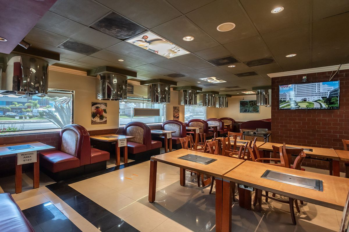 Mo Ran Gak restaurant's closed dining room in Garden Grove, California