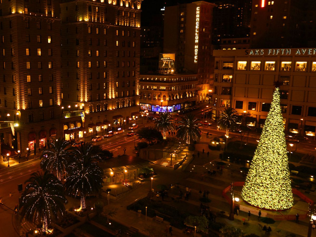 Best Christmas Decorations 2021 Bay Area Christmas Holiday Lights In The Sf Bay Area Where To See Them Curbed Sf