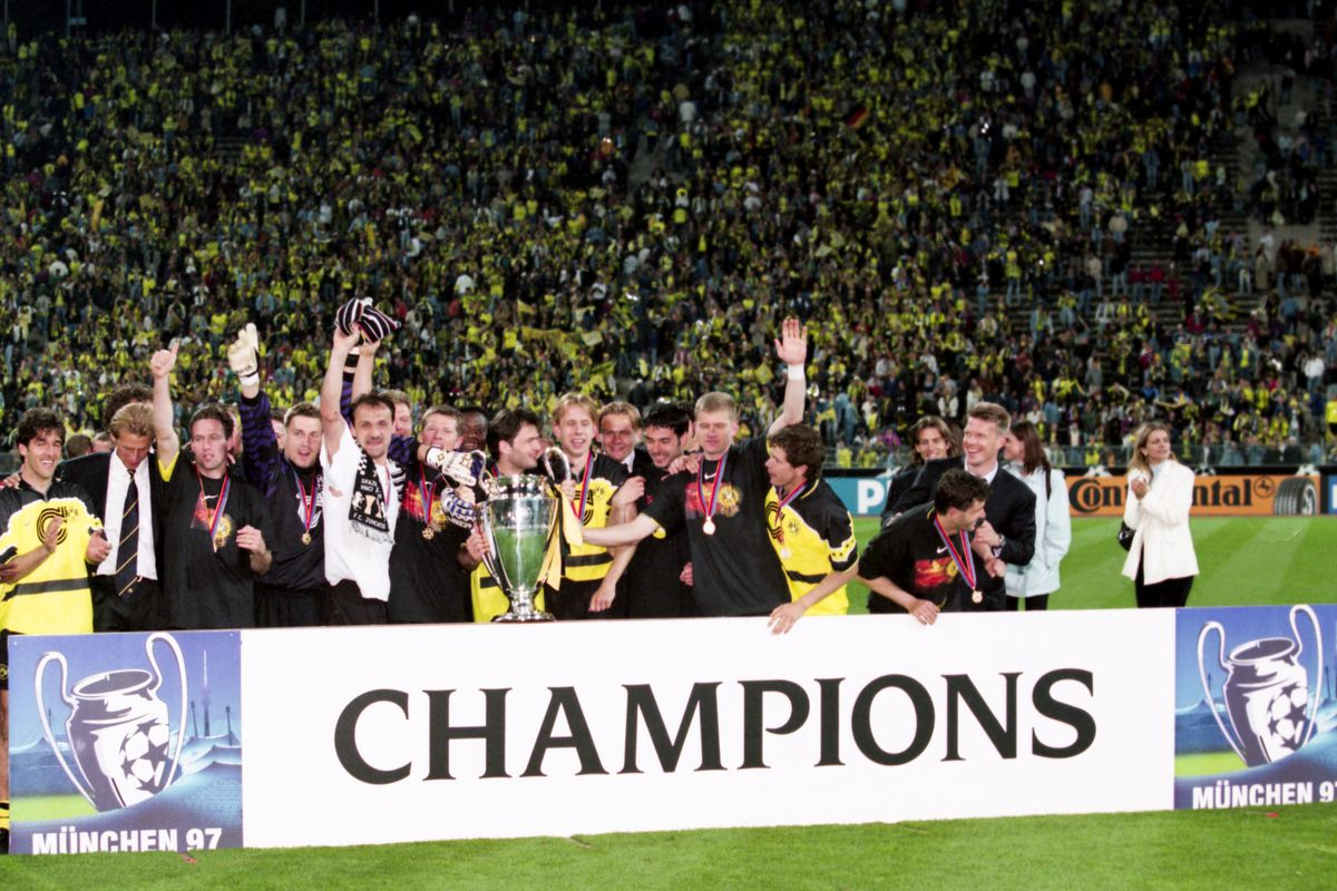 Borussia Dortmund v Juventus Turin - UEFA Champions League Final 1997