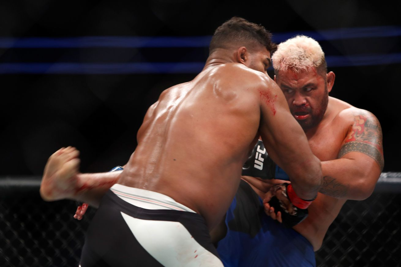 Mark Hunt questions UFC, trashes 'cheater' Alistair Overeem over IV use before their fight   'Crock of sh*t'
