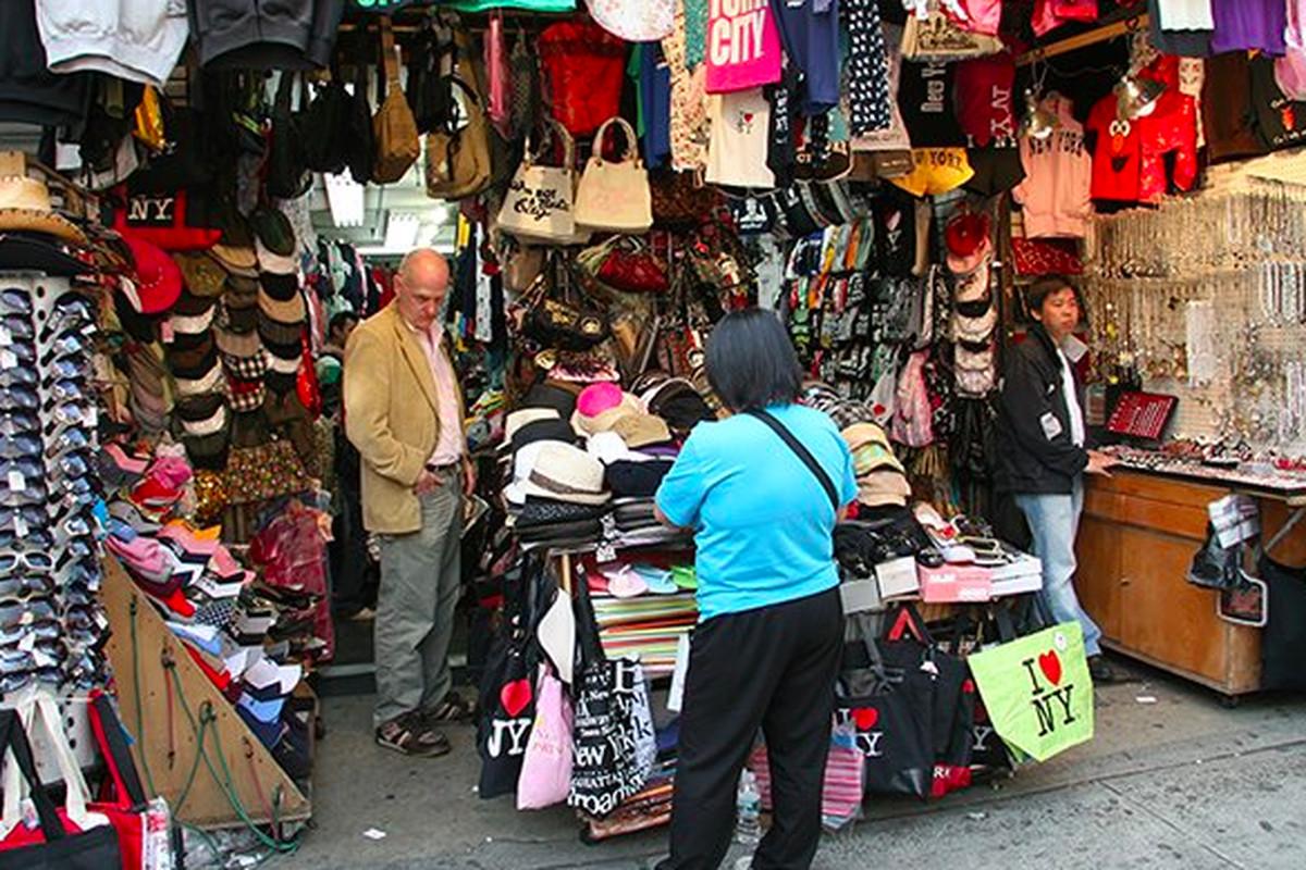 """Image via <a href=""""http://staycay.net/canal-street-nyc/"""">Staycay</a>"""