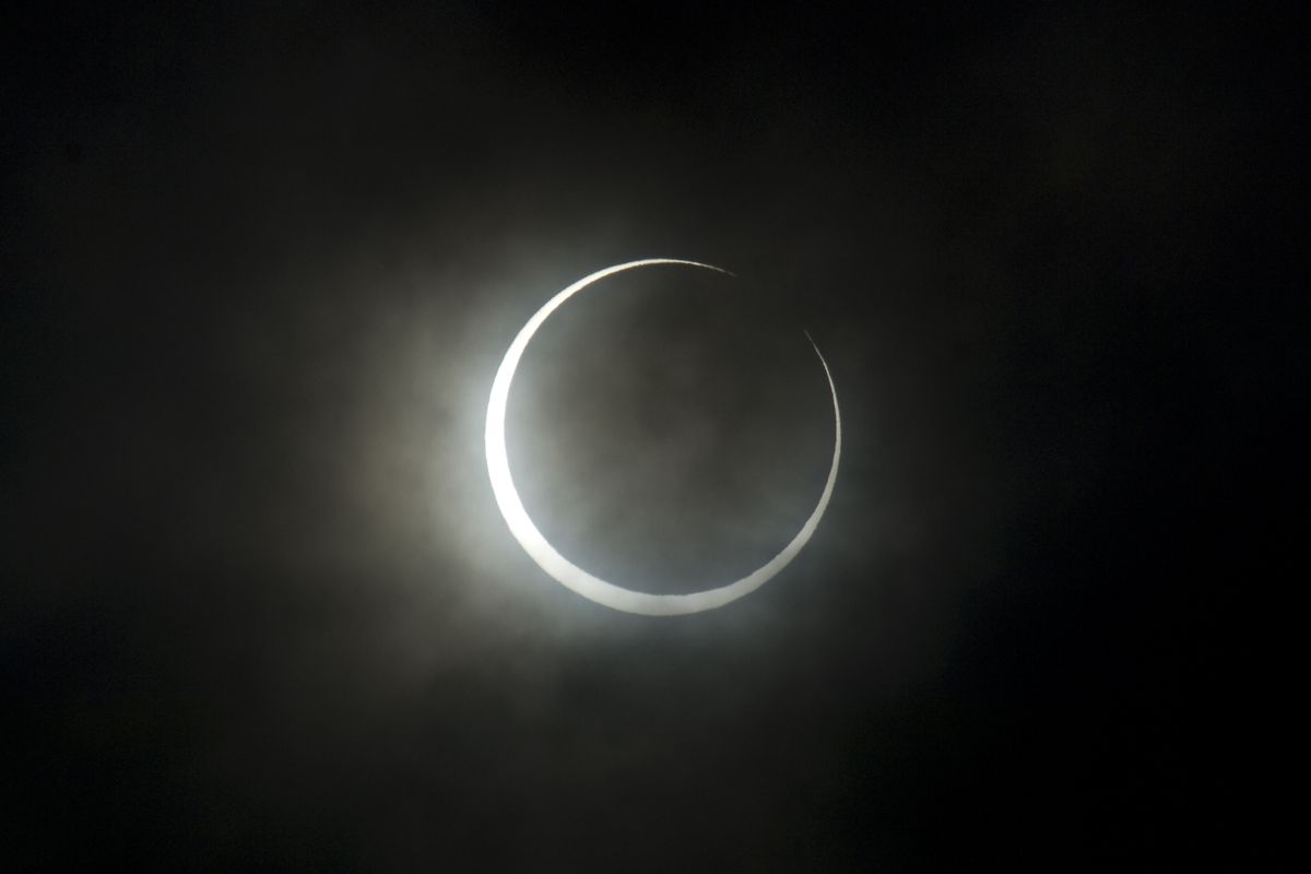 2012 annular eclipse from Japan.