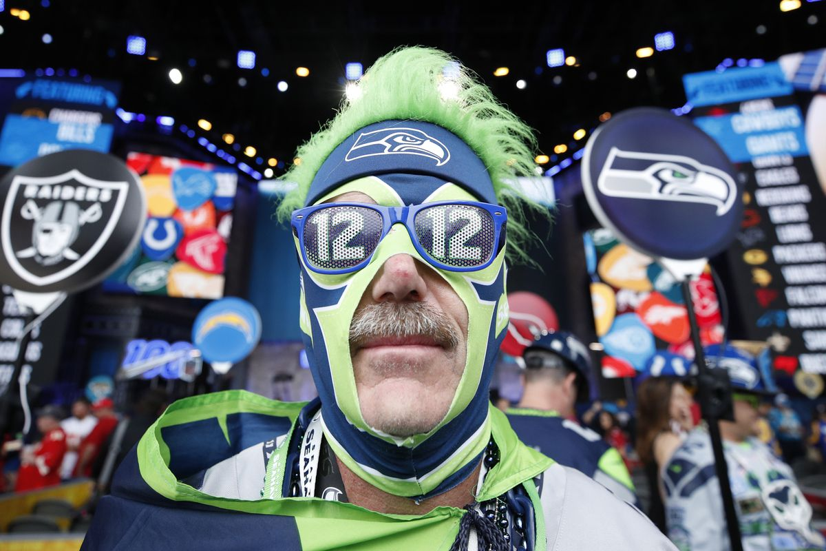 Seaside Chats: Reader questions on the Seahawks