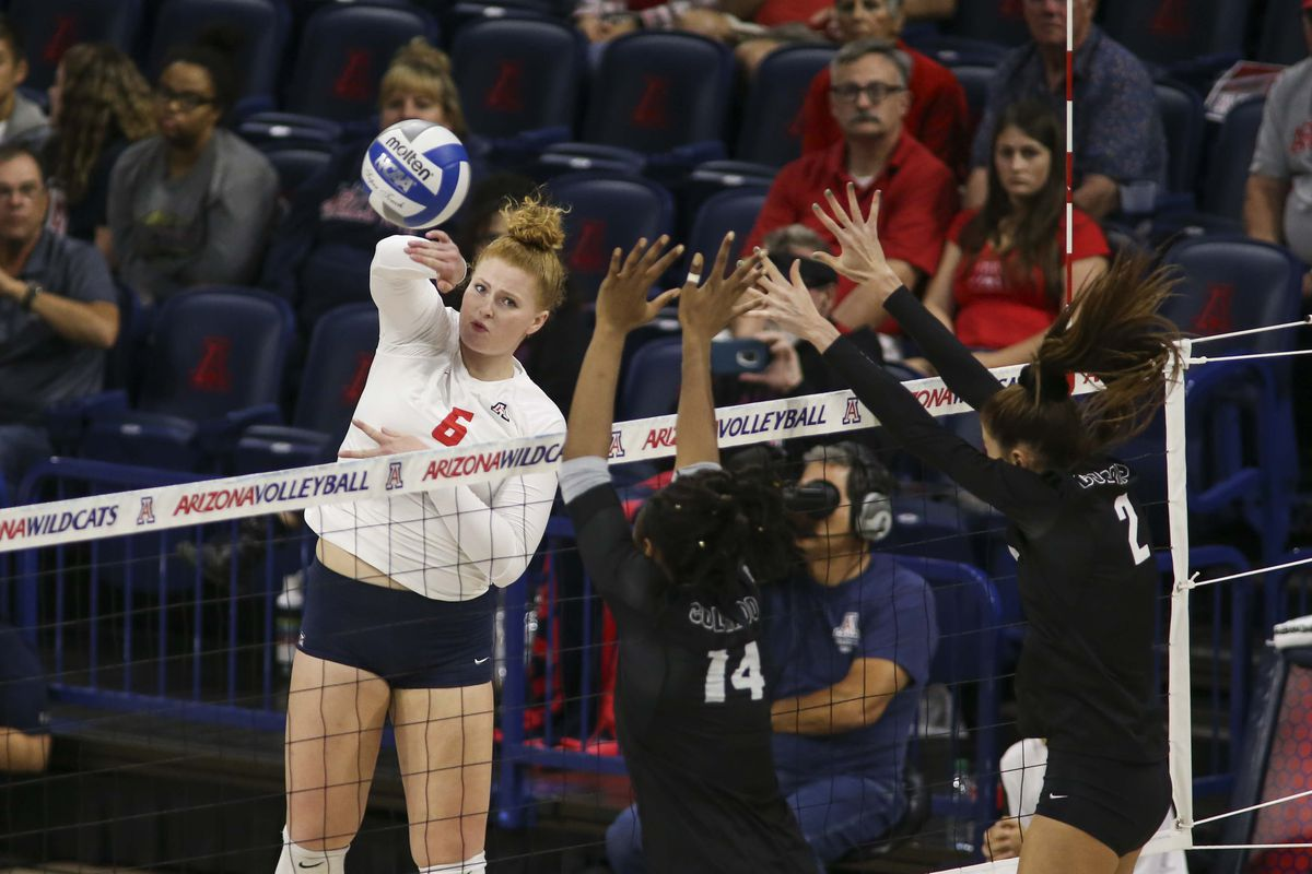 Arizona volleyball falls to Stanford in straight sets