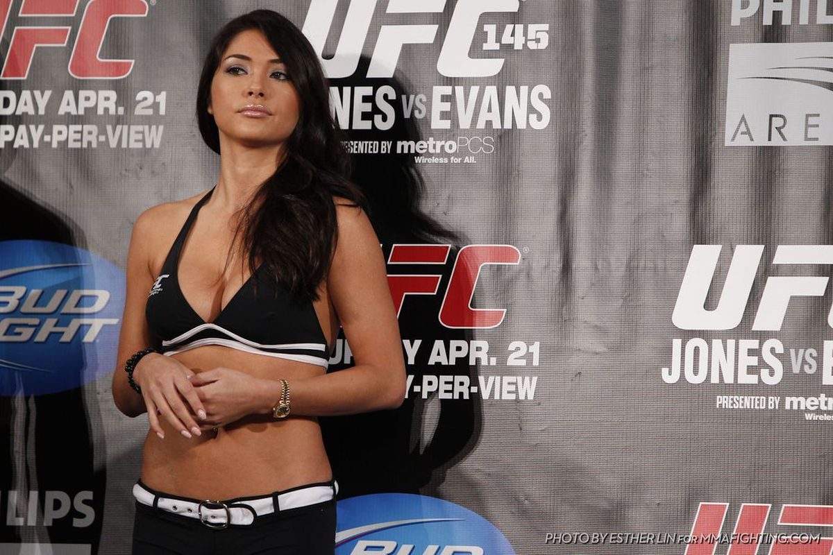 Arianny Celeste is currently facing domestic violence charges after being arrested on May 26, 2012 in Las Vegas, Nevada.