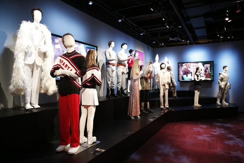 Outfits worn by SNL cast members   Museum of Broadcast Communications