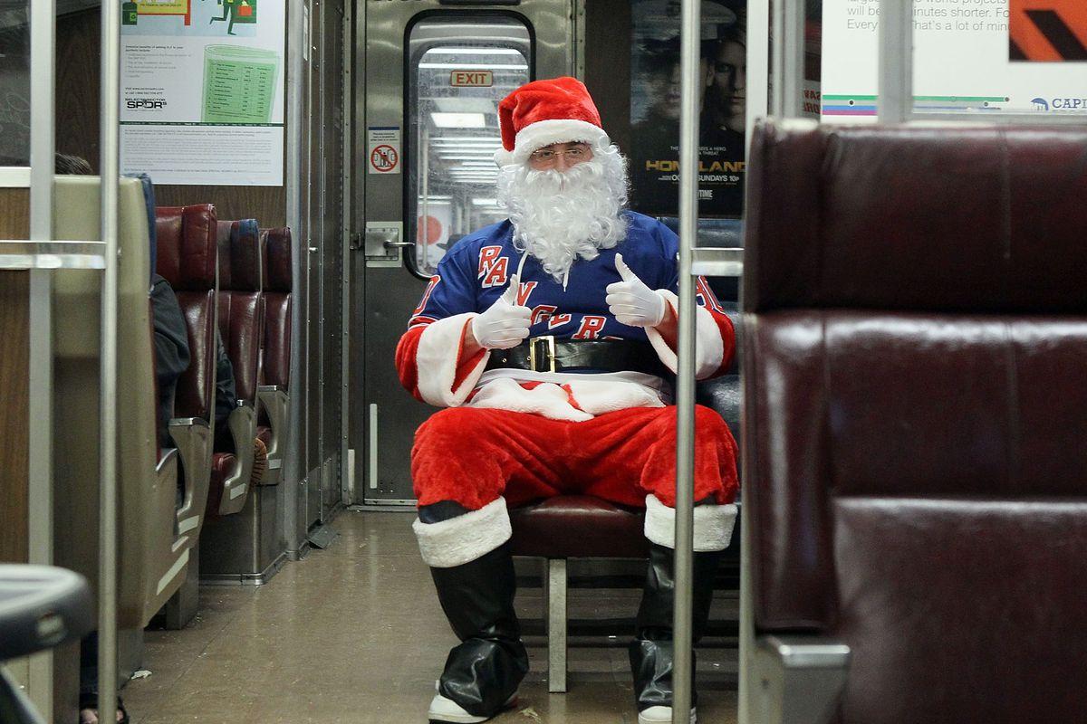 Santa has bad taste in hockey teams.