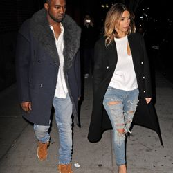 In November 2013, the couple stepped out in NYC clad in near-identical ripped jeans, white tees, and long, dark, double-breasted coats.