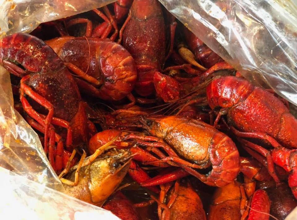 A closeup view of a pile of boiled crawfish at Crawfish King.