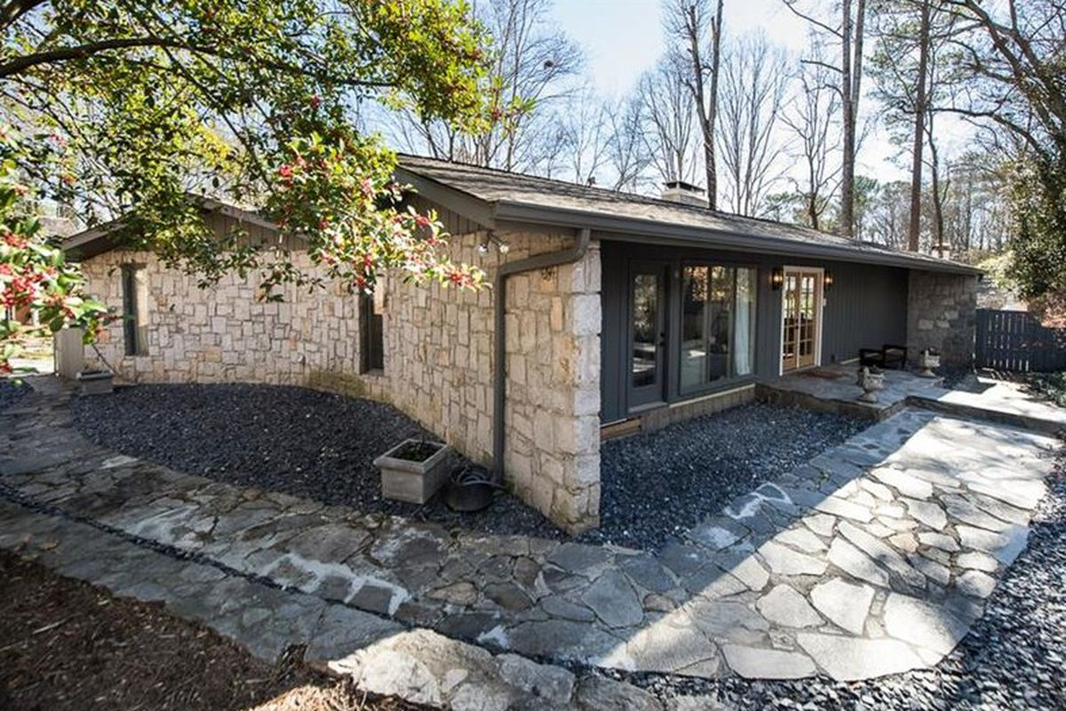 In buckhead split level midcentury modern is larger than for Modern home builders atlanta