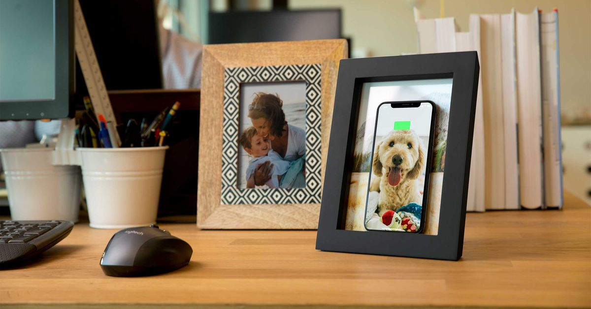 Twelve South's PowerPic Hides a Wireless Charger in a Wooden Picture Frame