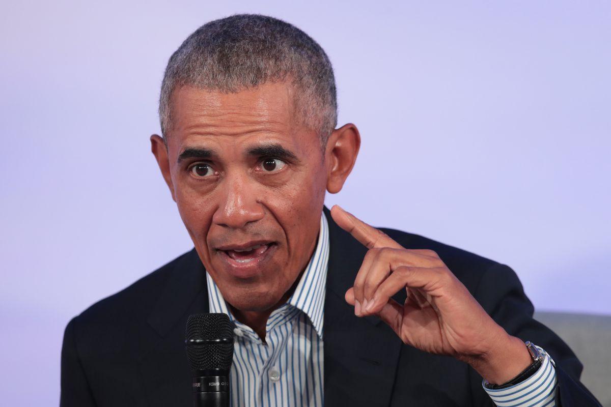 Barack Obama speaks at a lectern in October 2019.