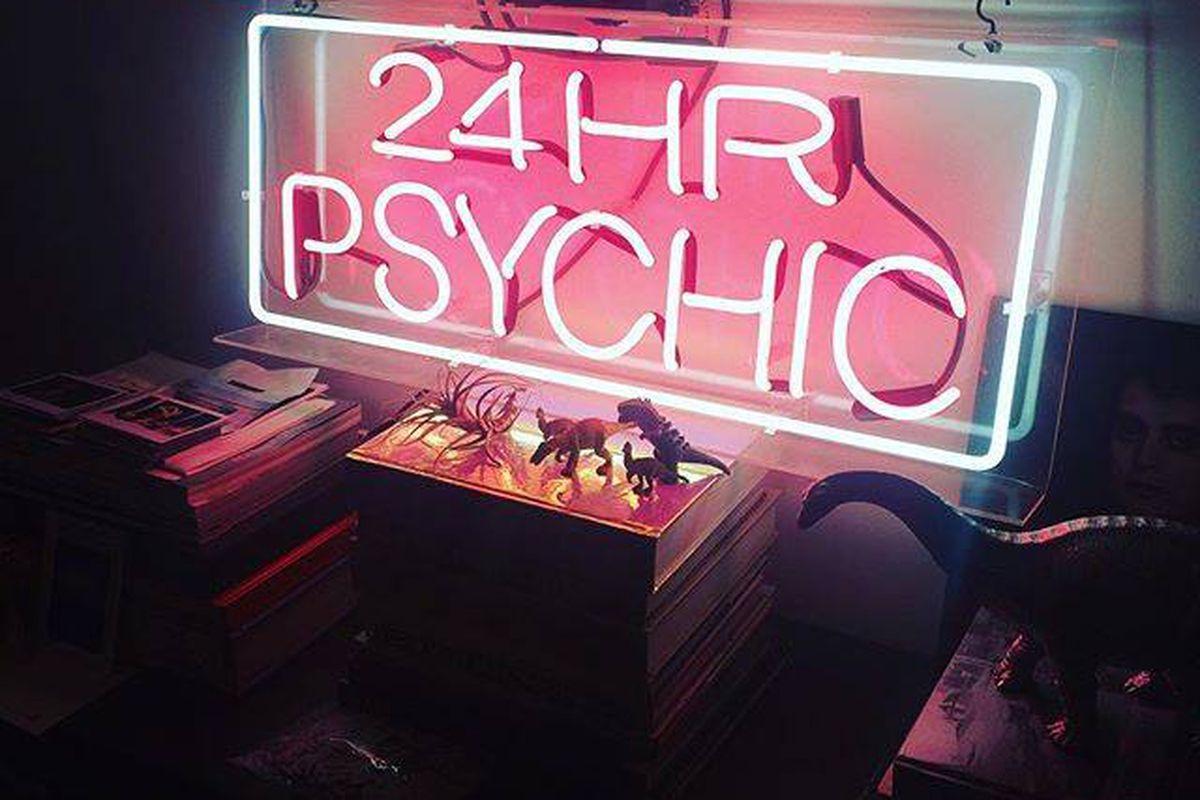 24 Hr Psychic