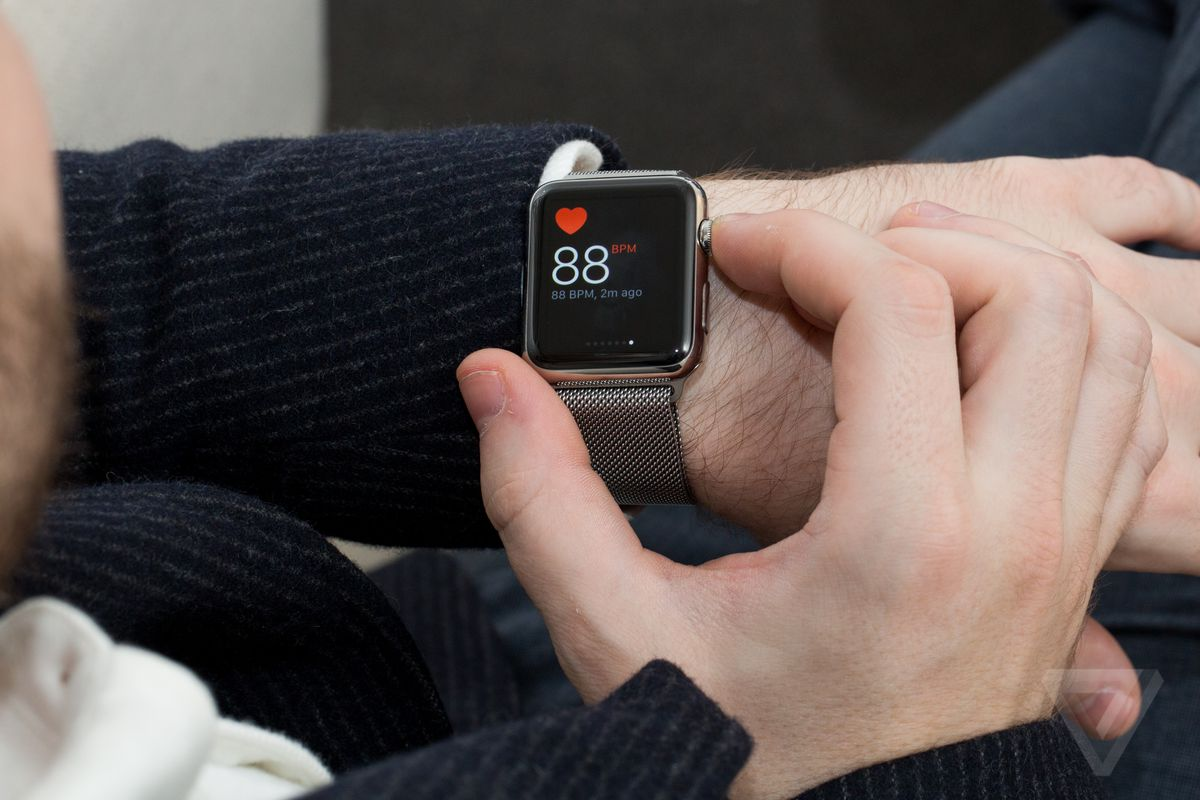 with weeks to go before christmas best buy is offering apple watches for the cheapest price ever the big box retailer has cut 100 off the price of every - Best Buy Christmas Return Policy