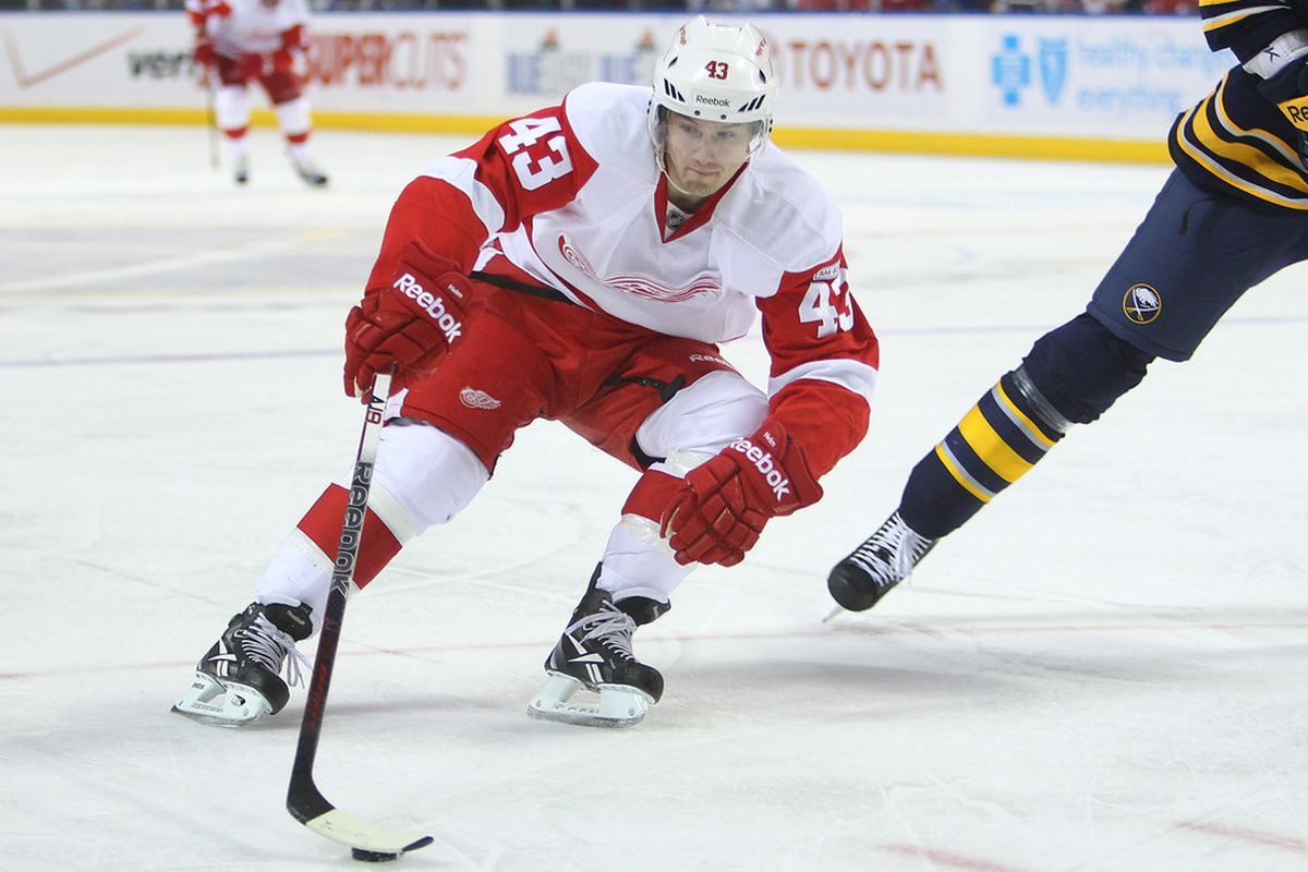 Detroit speedster Darren Helm is expected to play tonight for the first time since March 17.
