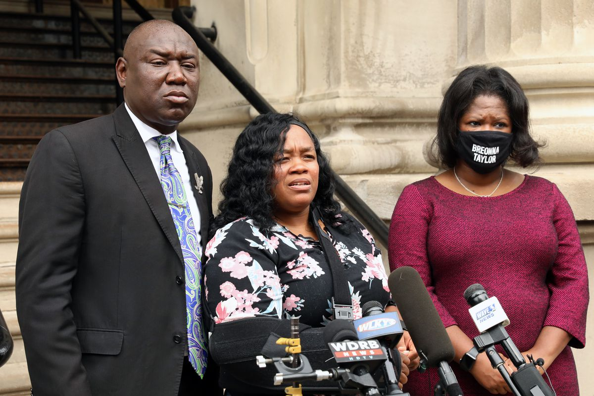 Breonna Taylor S Mom To Get Millions In Settlement From City Of Louisville Chicago Sun Times