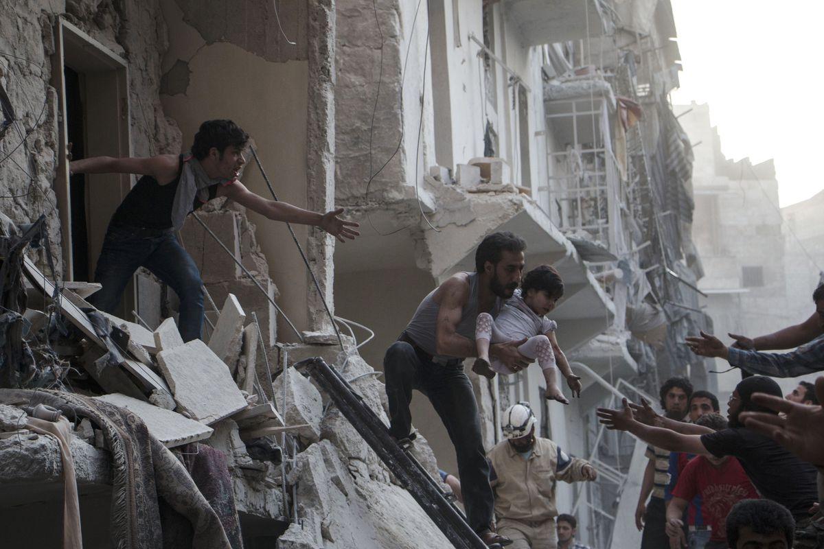 barrel bomb syria aleppo