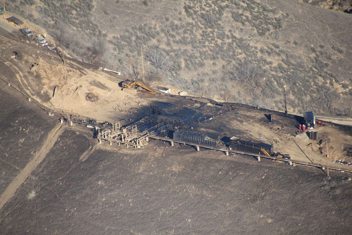 Aerial photo of the blown out well in Porter Ranch, 2015.