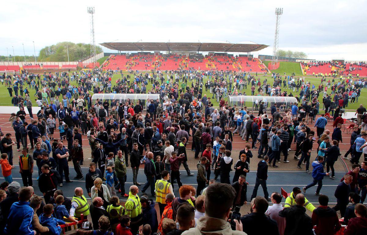 Gateshead v Grimsby Town - Skrill Conference Premier Play-Offs Semi-Final