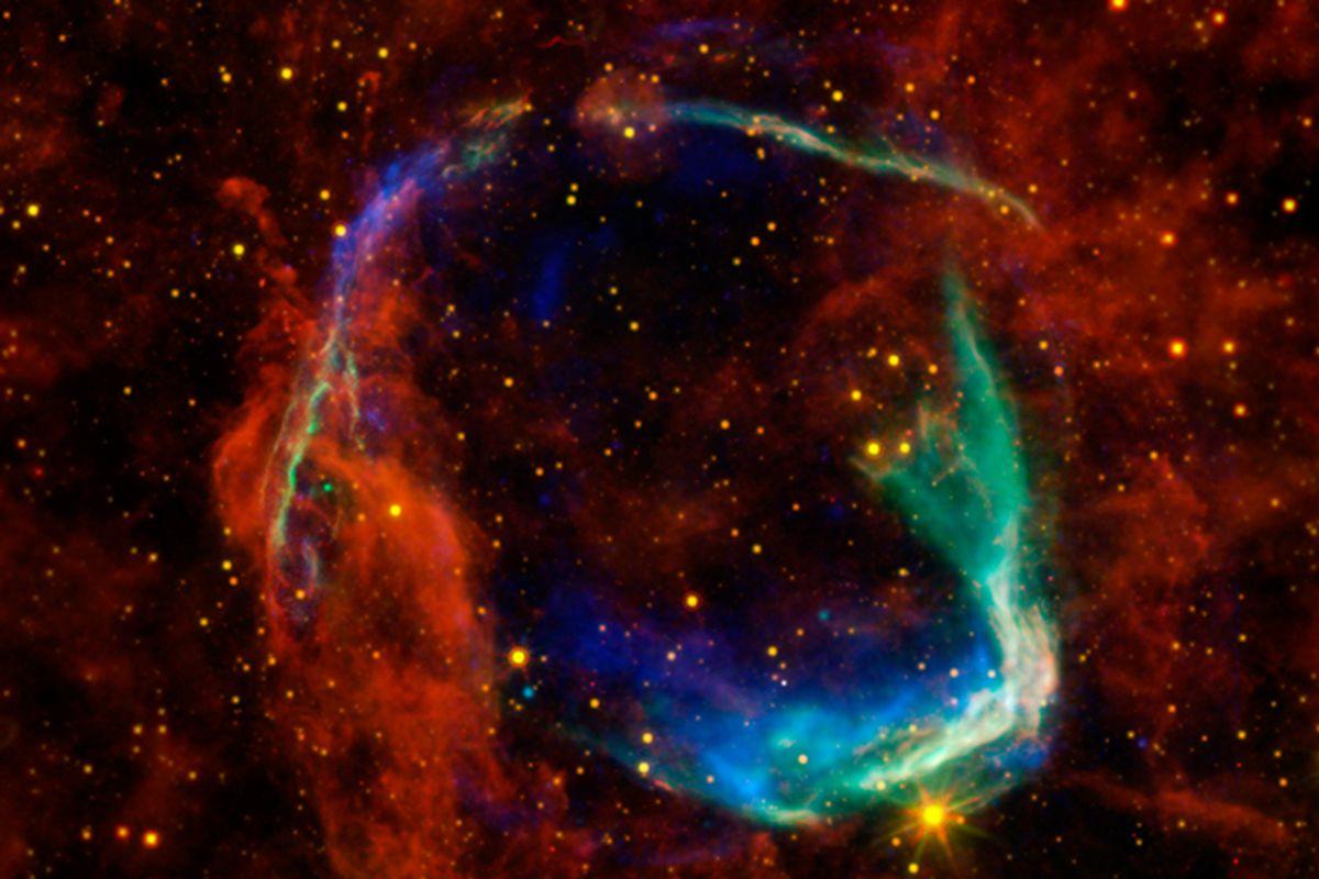 NASA WISE infrared image of a supernova