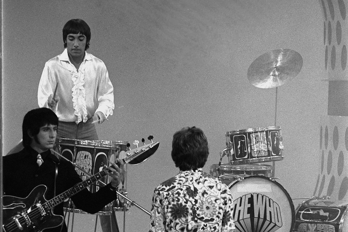 The Who Perform On 'Smothers Brothers'
