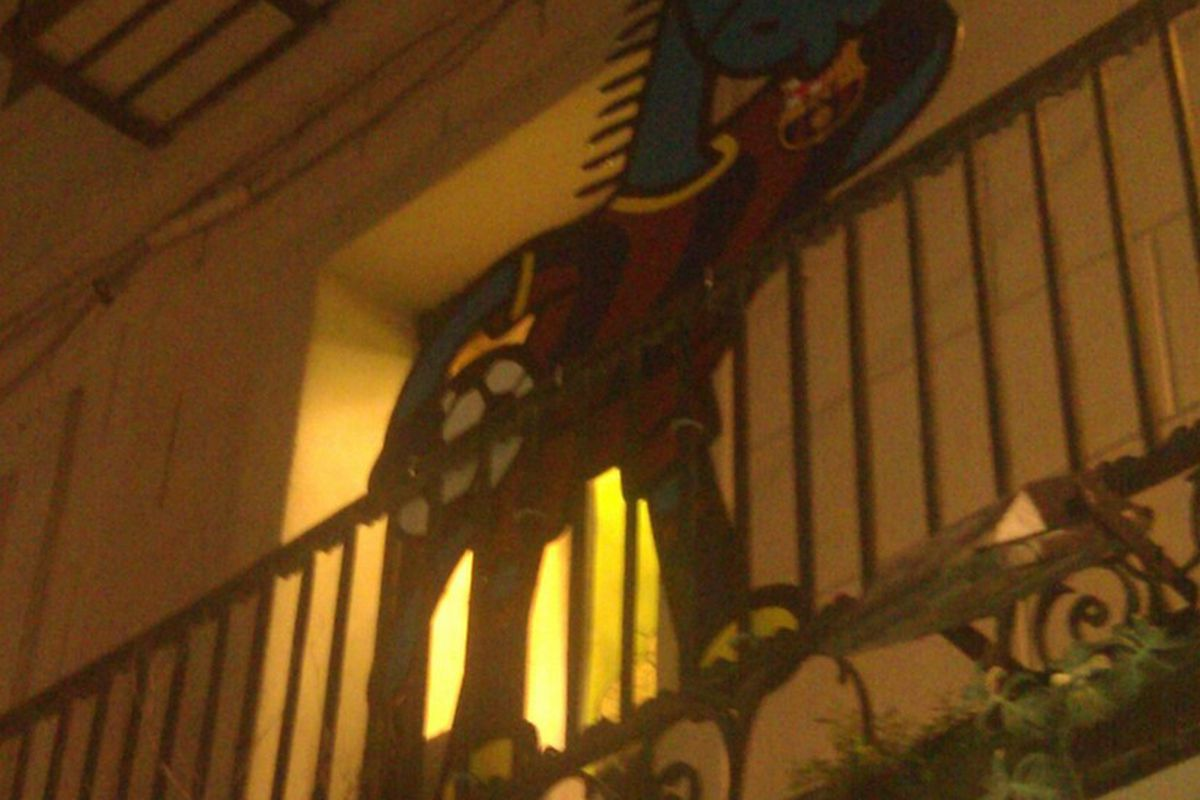 They do love their team here; this is taken just beyond the teeming Christmas market, up on one of  the balconies.
