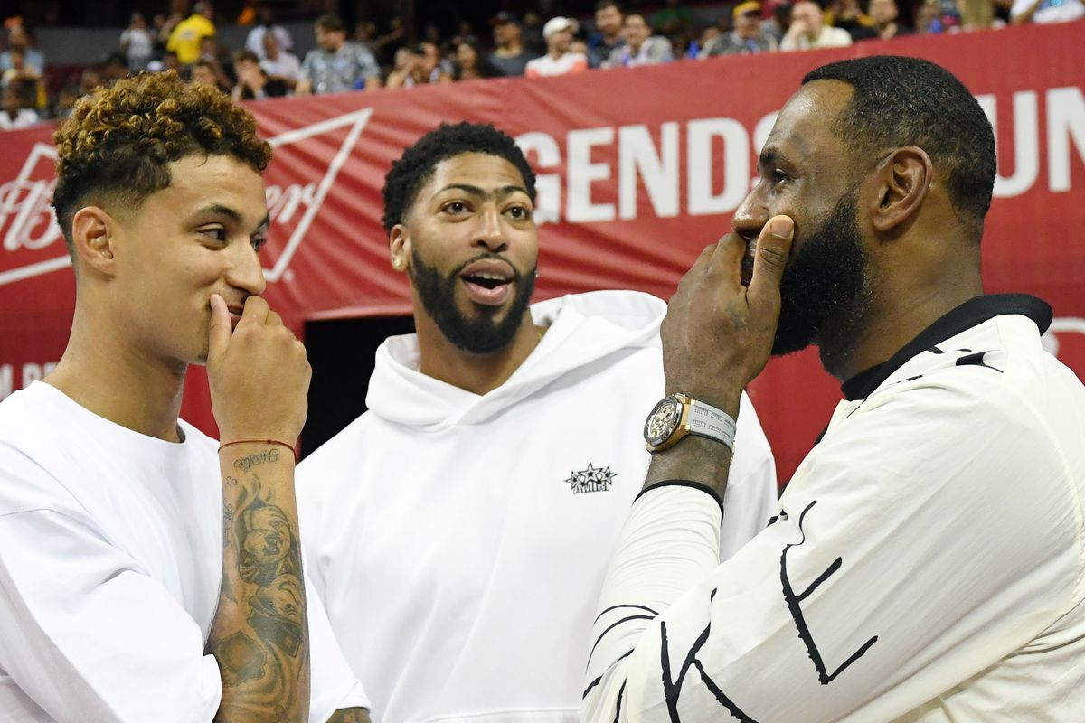 Lakers Offseason Update: Anthony Davis is shooting threes, LeBron and KCP are lifting weights and DeMarcus Co…