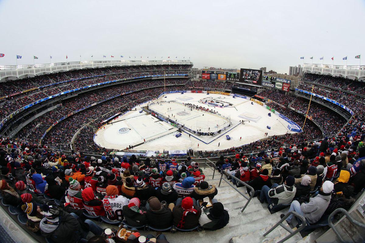 NHL. New York Rangers Vs New Jersey Devils. Yankee Stadium.