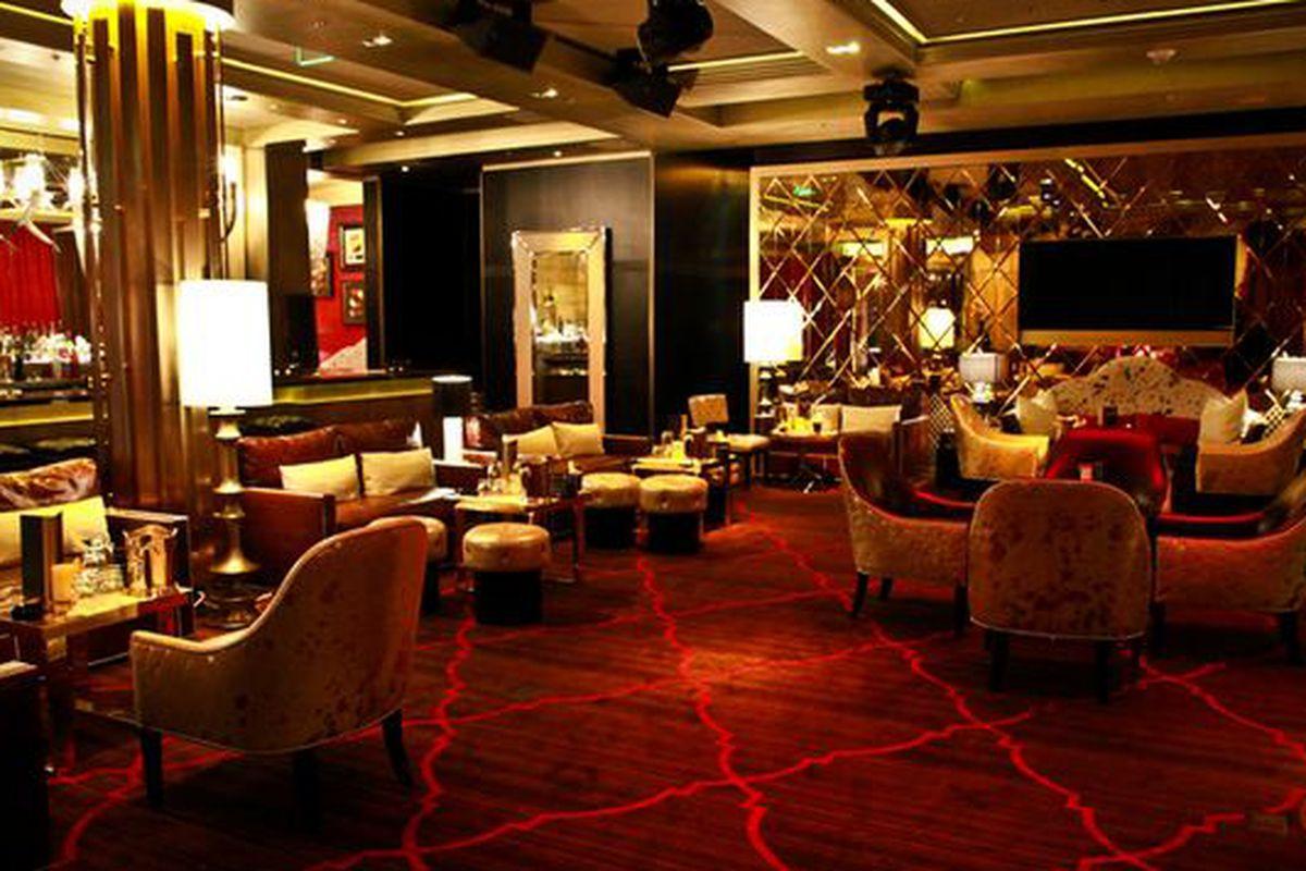 Gold Lounge & Nightclub