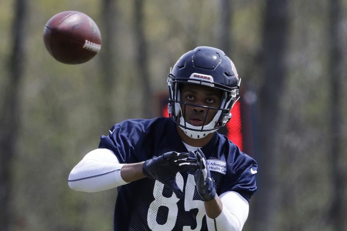 5320e134df4 Bears wide receiver Emanuel Hall shows good focus in catching a pass during  the Bears  rookie mini-camp Friday at Halas Hall. The former Missouri wide  ...