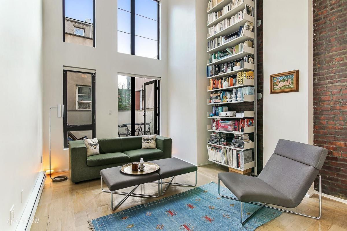 Stylish Williamsburg Loft With A Private Terrace Asks 889k Curbed Ny
