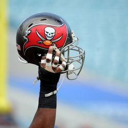 I'm pretty sure this is Gerald McCoy's hand