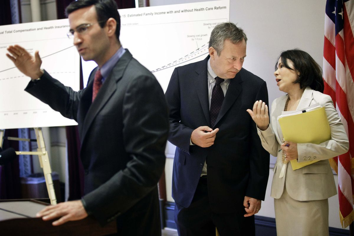 Former Obama administration members (left to right) Peter Orszag, Larry Summers and Nancy-Ann DeParle during the 2009 health reform debate
