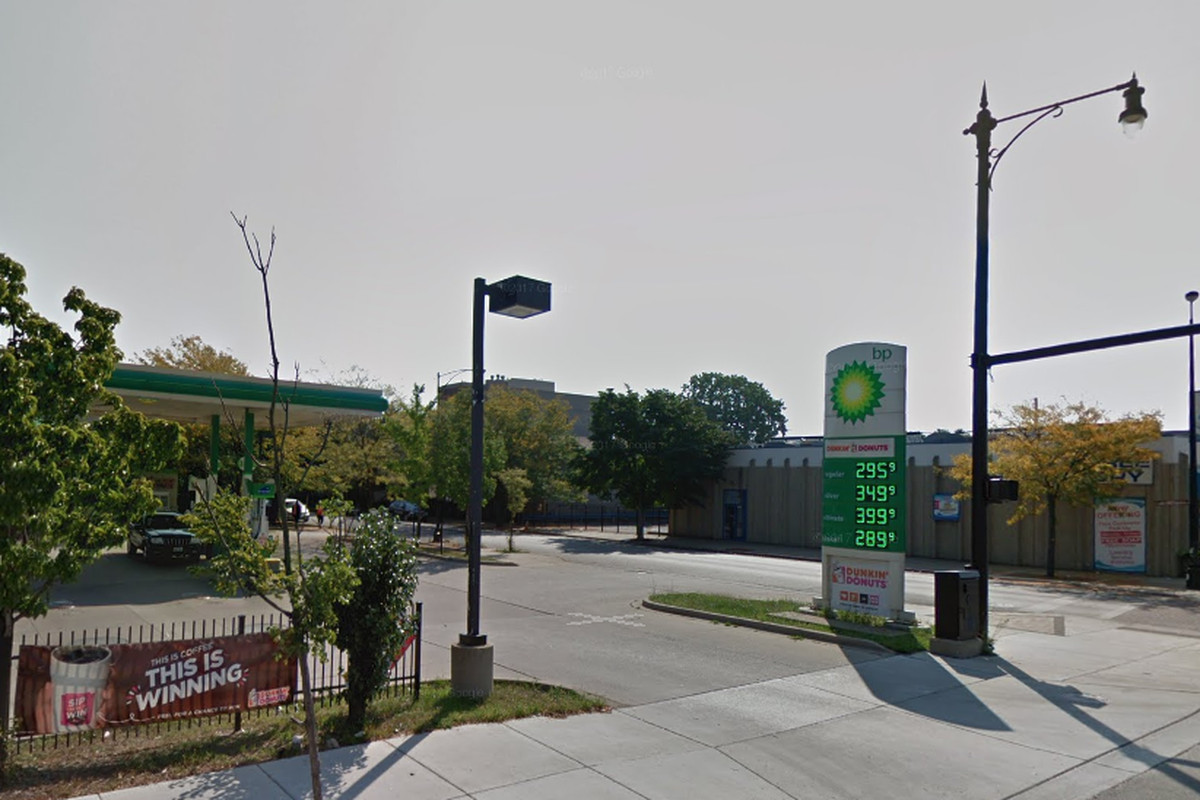 3 wounded — 1 critically — in shooting outside BP gas station in