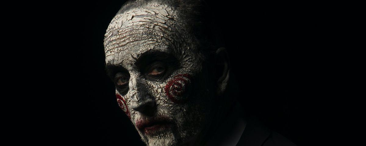 Tobin Bell as Jigsaw in facepaint in a promo image for 2017's Jigsaw
