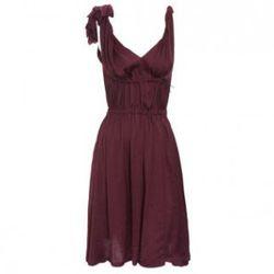 "Lanvin Gathered Flower Dress, <a href=""http://www.barneys.com/Gathered-Flower-Dress/500939045,default,pd.html"" target=""_blank"" rel=""nofollow"">Barneys New York</a>, $1,129"