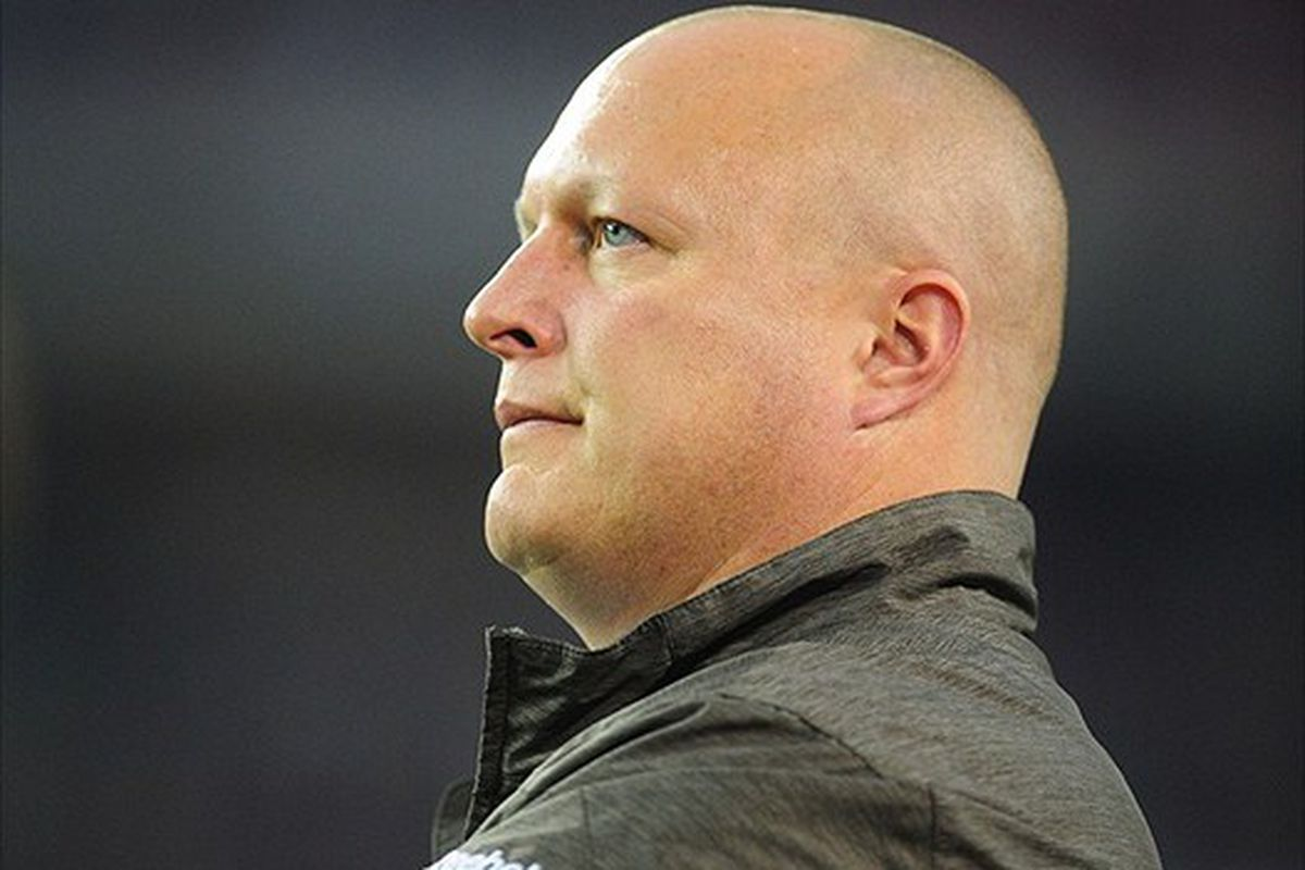 Cleveland Browns special teams assistant Shawn Mennenga has been retained under Chris Tabor.