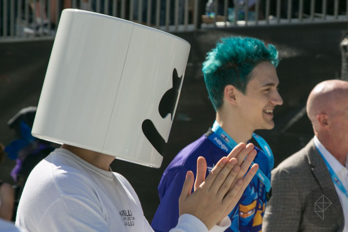 Fortnite Pro-Am - Marshmello clapping with Ninja behind him