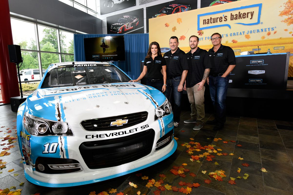 Danica Patrick signs contract extension with StewartHaas Racing – Race Car Sponsorship Contract