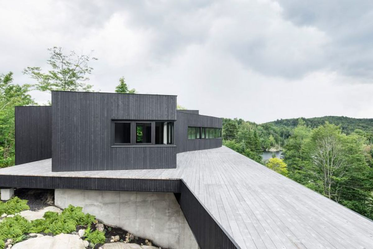 Solar Powered Home Features Sweeping Deck Mountain Views Curbed