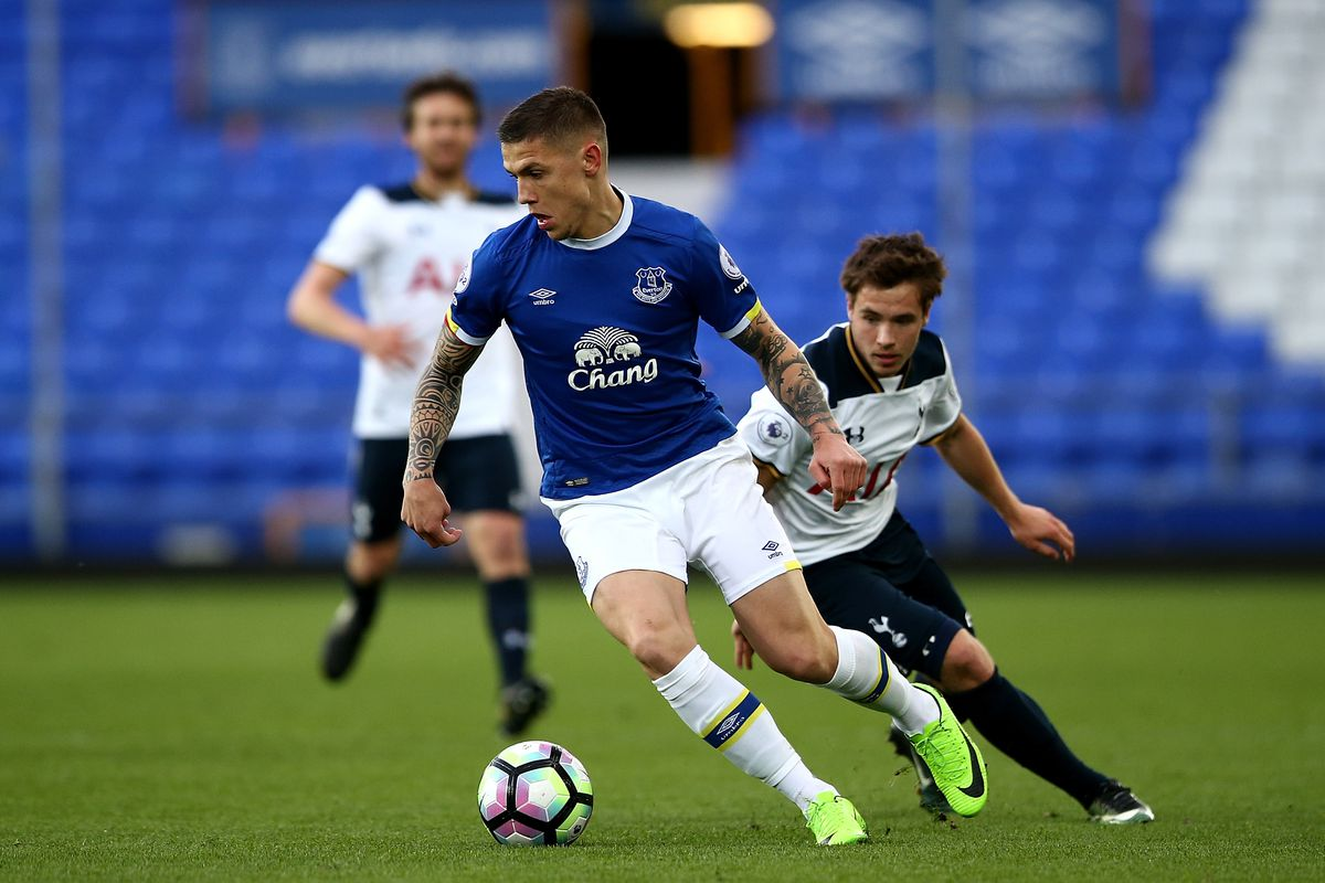 Besic Still A Couple Of Weeks Away For Everton