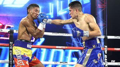 Ehwv6wqUcAMKK5b - Kavaliauskas, Gonzalez bounce back with strong wins