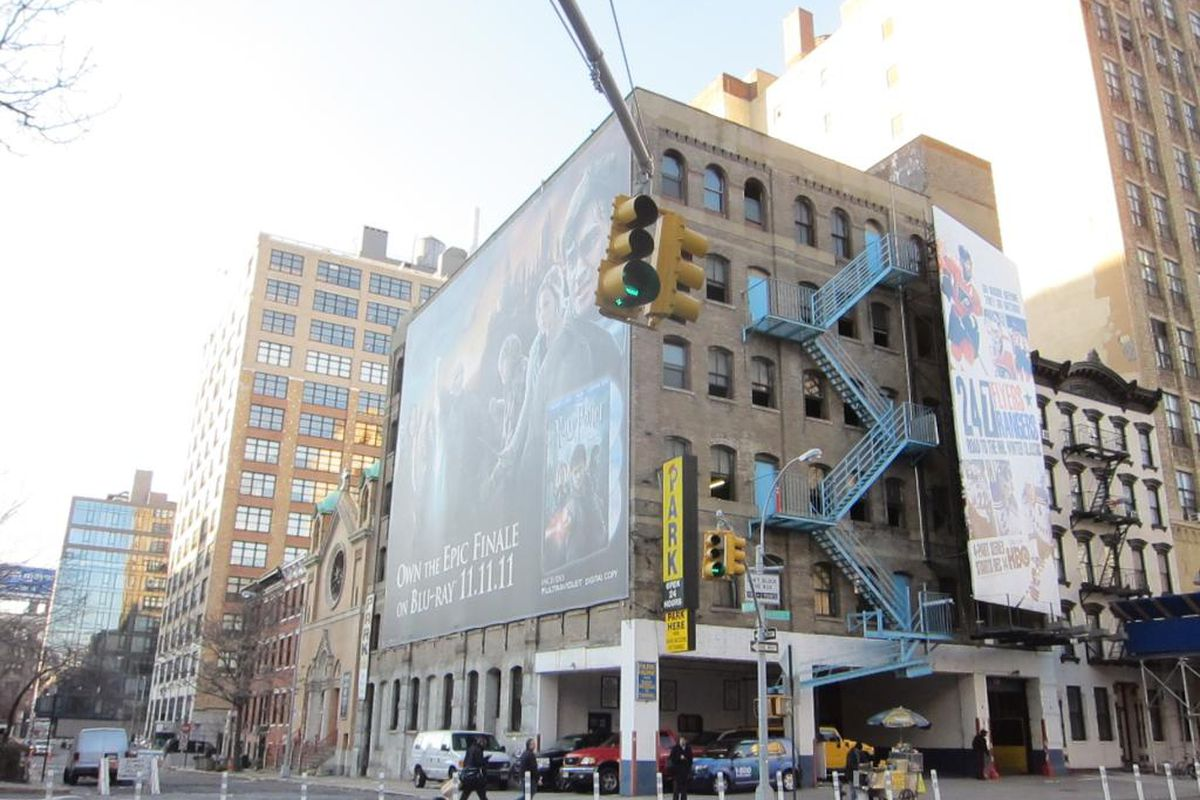 Hudson Square developers feud over views compromised by ... Adjacent Buildings