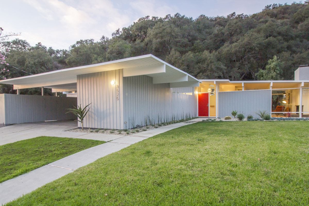 Refurbished Midcentury Modern In Wooded Whiting Woods Asks