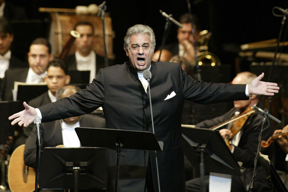 Domingo to return to the stage amid harassment allegations